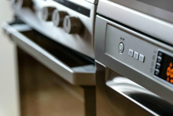 limpieza a fondo de la cocina horno
